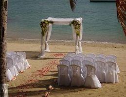 Ulike Beach Wedding Motifs