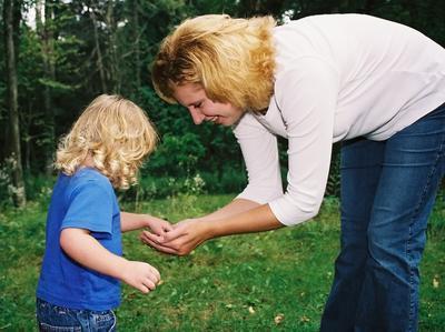 Hvordan Arbeidet med Hobbyer Som en hjemme Parent