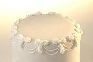 Slik Dekorer en Wedding Cake Med Pearl Støv