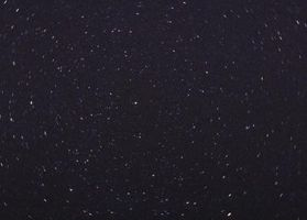 Hva er Kvasarer består av?