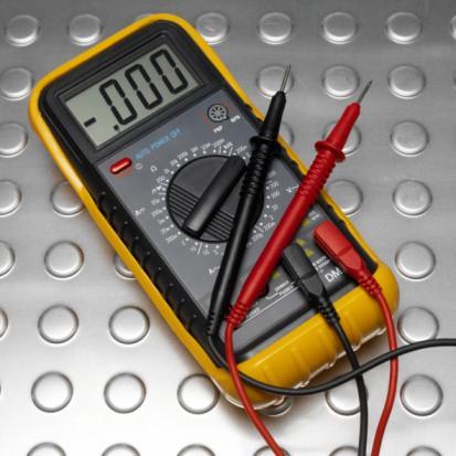 Slik tester en Ford 9N Ignition Coil