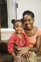 Hvordan Grow kanter på afrikansk-amerikanske barnas hår