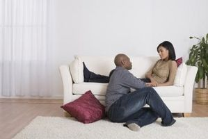 Hvordan lage en fyr som bryr seg kommunisere sine følelser