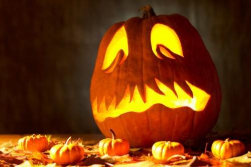 Hvordan Skjær ut et gresskar til Halloween