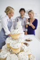 Teknikkene for å dekorere Cupcakes for Wedding Dusjer