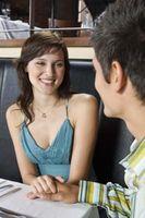 Hvordan Flirt på en fin måte