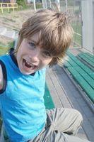 Hvordan lære sosiale ferdigheter til barn med autisme