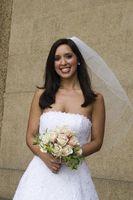 Hvordan lage en klut Wedding Veil