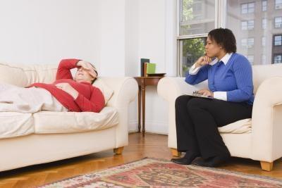 Hvordan hjelpe en person med en Midlife Crisis