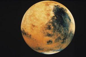 Hva elementene er på overflaten av Mars?