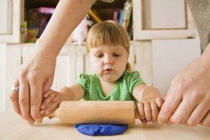 Aktiviteter for barn kan gjøre med Clay