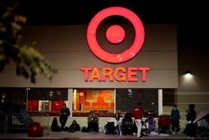 Hvordan finne en bryllup registret på Target