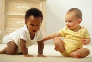 Hvordan å disiplinere babyer eller småbarn