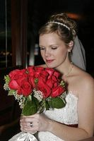 Hvordan lage en Wedding Bouquet med roser
