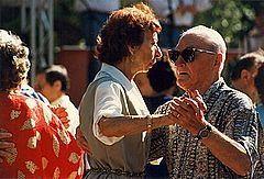 Hvordan lære å danse med Lover ditt