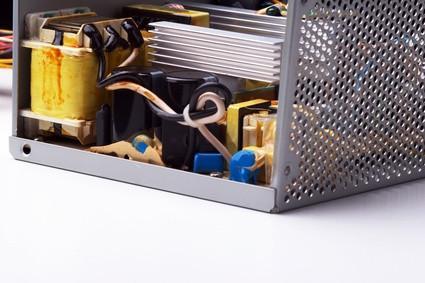 Hvordan Wire en elektrisk transformator