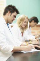 Fordeler og ulempene ved å drive et laboratorium Observation