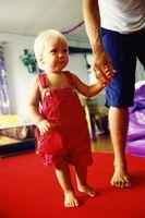 Hvordan kan læreren gjøre barnet føler deg komfortabel i en ny barnehage?