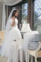 Hvordan lage Sheer stropper eller Ermer for en brudekjole