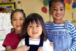 Aktiviteter Foreldre kan gjøre med førskolebarn å fremme sosial-emosjonell utvikling