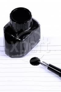 Hvordan lage Permanent Black Ink