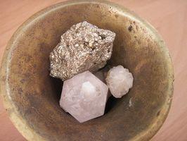 Prosesser for å gjøre Quartz Sand Stone