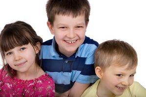 Ideer for å kjøpe en gave til tre barn