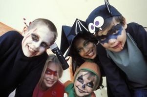 Brutto Halloween Party Games