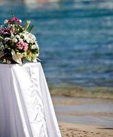 Ideer for utendørs bryllup borddekorasjoner
