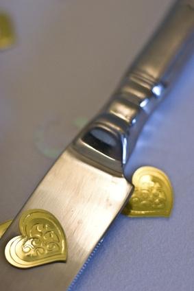 Slik fjerner en Sterling Knife Blade