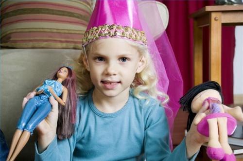 Hvordan finne sjeldne Barbie Dolls
