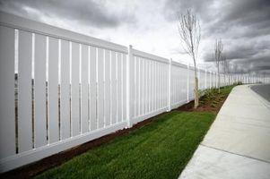 Hvordan håndtere en nabo som skulle koble til en Fence