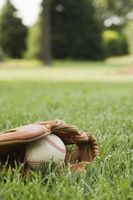 Aktiviteter for å lære barna hvordan å kaste en ball